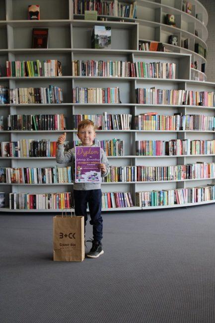 Laureat konkursu z nagrodą za zajęcie I miejsca w kategorii wiekowej 5-6 lat